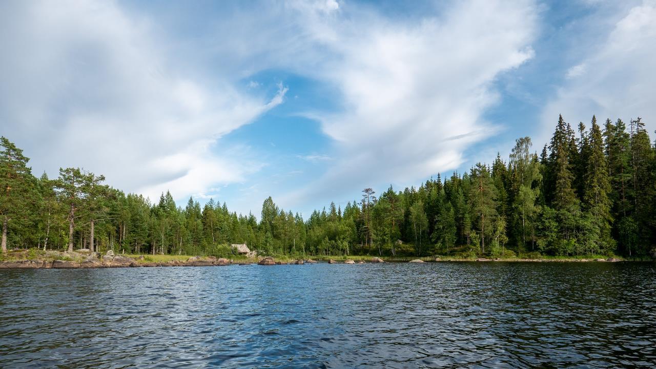 Wacht niet te lang met boeken of je komt op de wachtlijst en loop je kans dit waterschap mis te kanoen (Bas Wetter)